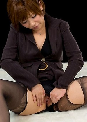 hairy pussy, heels, kaede oshiro, masturbate, office, solo girl, stockings, torn pantyhose,